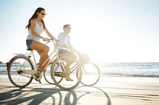 Active Iron cycling on the beach